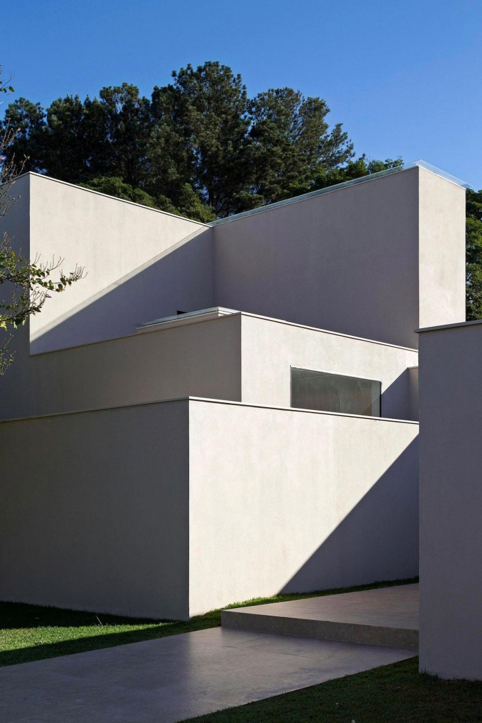 Contemporary-Paineira-House-by-Bloco-Arquitetos-05