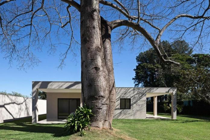 Contemporary-Paineira-House-by-Bloco-Arquitetos-13
