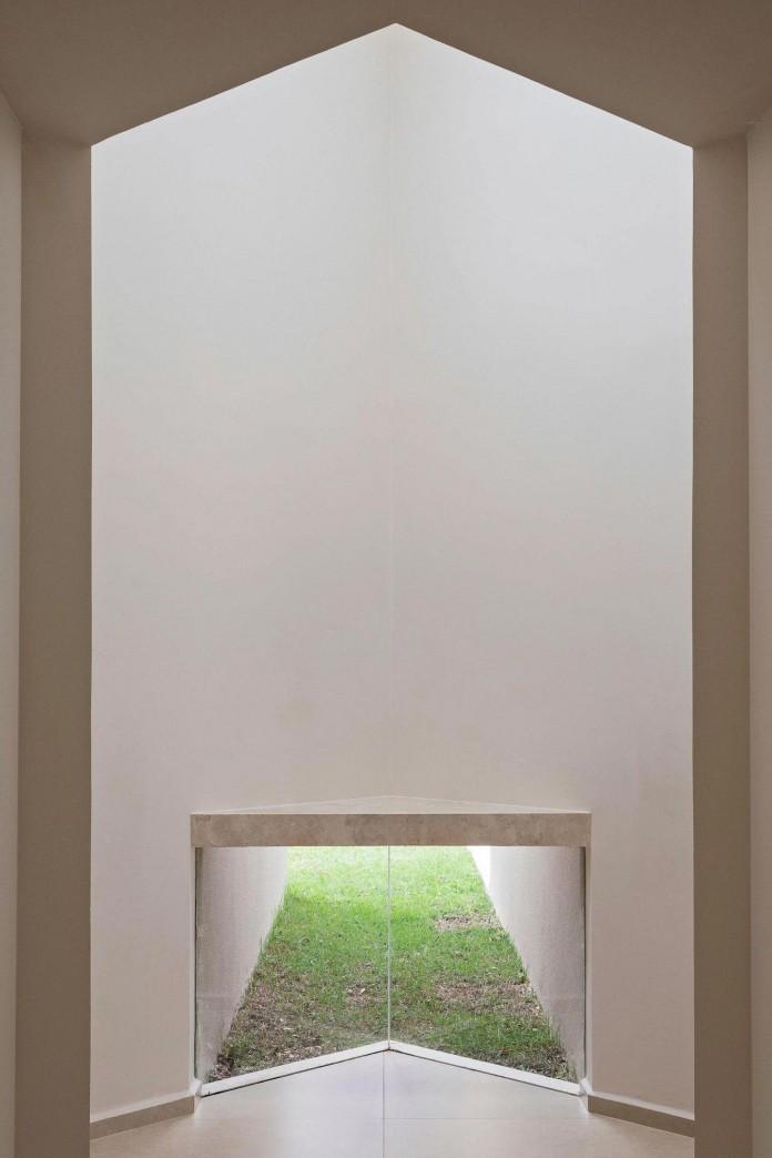 Contemporary-Paineira-House-by-Bloco-Arquitetos-19