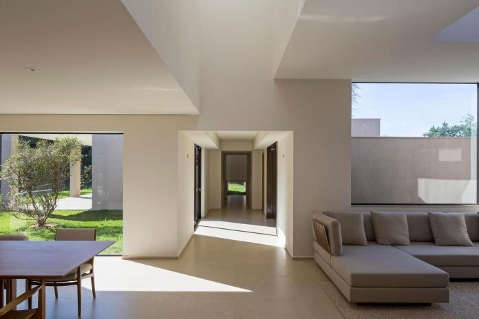 Contemporary-Paineira-House-by-Bloco-Arquitetos-21