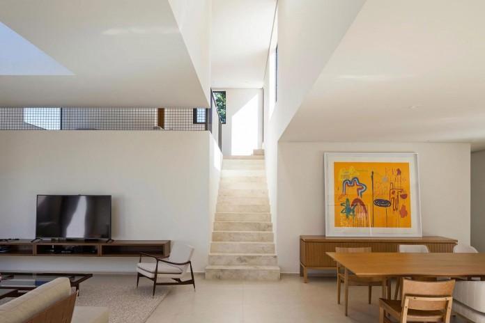 Contemporary-Paineira-House-by-Bloco-Arquitetos-24