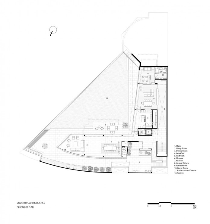 Country-Club-Residence-near-a-golf-course-by-Migdal-Arquitectos-22