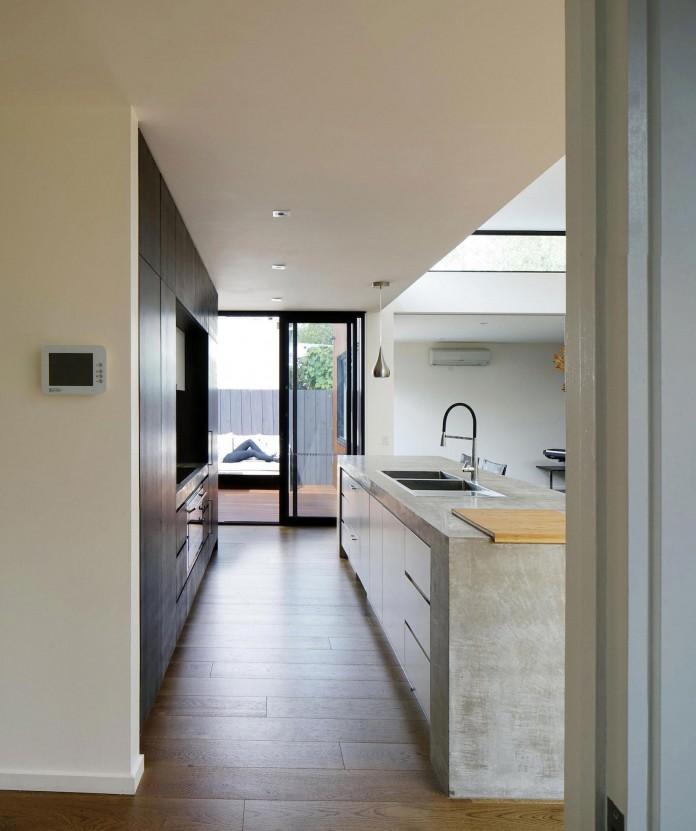 Cumquat-Tree-House-by-Christopher-Megowan-Design-10