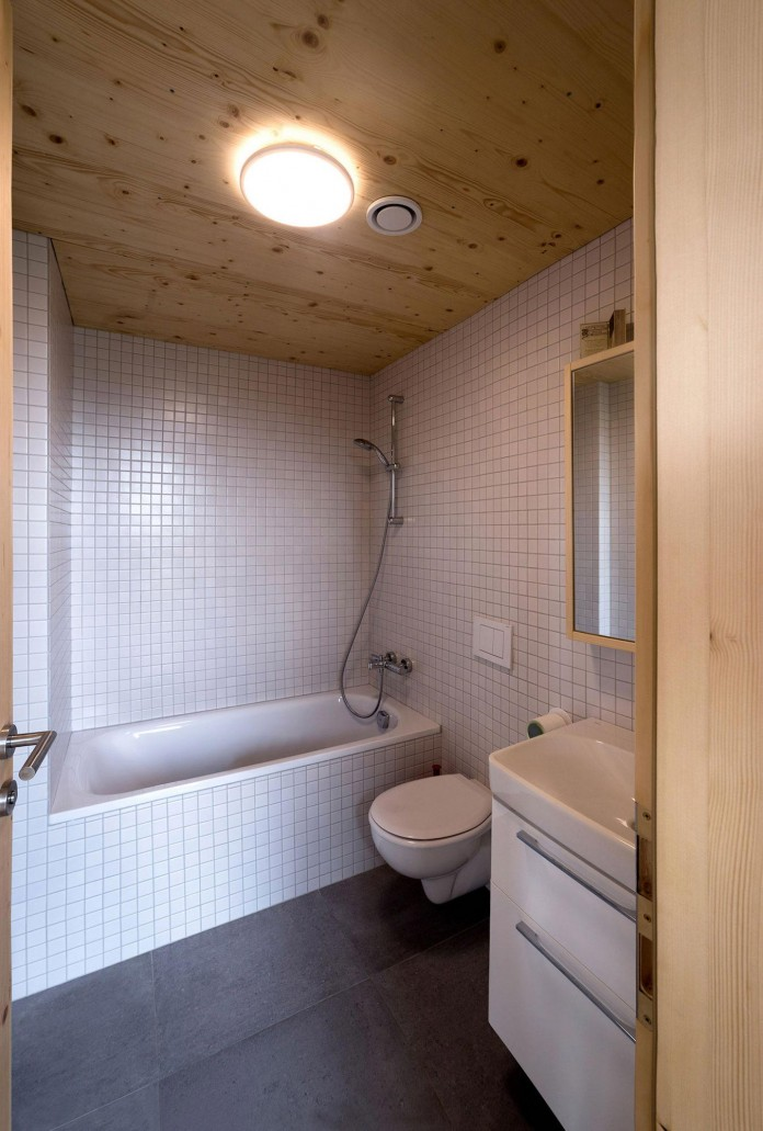 DomT-Wooden-Home-by-Martin-Boles-Architect-18