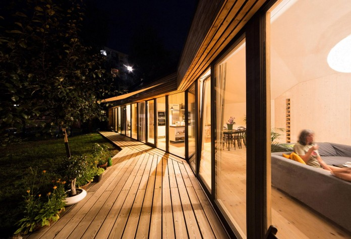 DomT-Wooden-Home-by-Martin-Boles-Architect-23