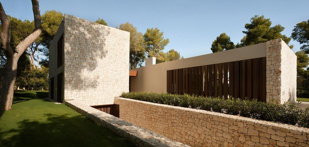 El Bosque House by Ramon Esteve
