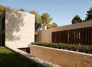 El Bosque House by Ramon Esteve