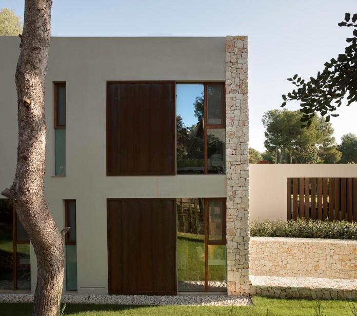 El-Bosque-House-by-Ramon-Esteve-04