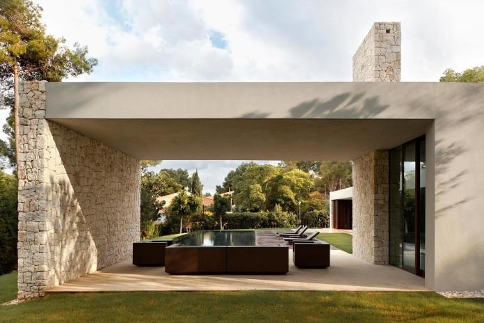 El-Bosque-House-by-Ramon-Esteve-08