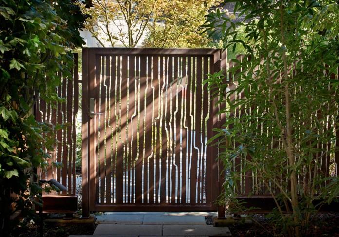 Elliot-Bay-House-by-FINNE-Architects-01
