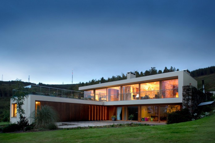 Folding-Farm-House-with-panoramic-views-of-Dublin-by-Box-Urban-Design-Architecture-15