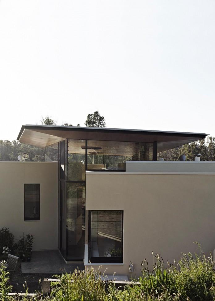 Hillside-Habitat-Residence-overlooking-the-Kinglake-National-Park-by-Edwards-Moore-04
