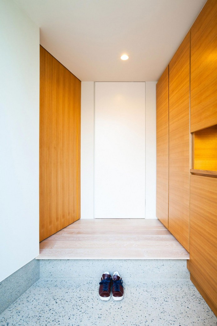 House-in-Nagoya-by-Atelier-Tekuto-05