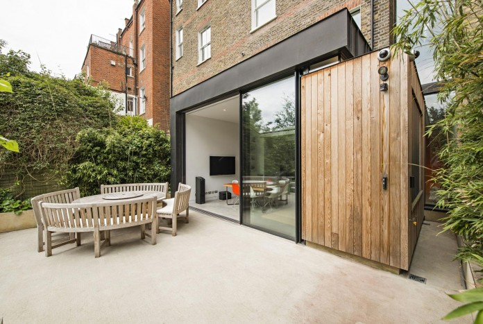 House-of-Books-Residence-in-London-by-SHH-Architects-01