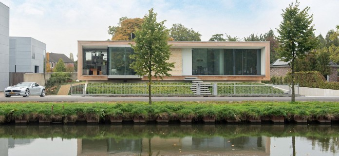 LIAG-architects-designed-M-House-in-The-Hague-01