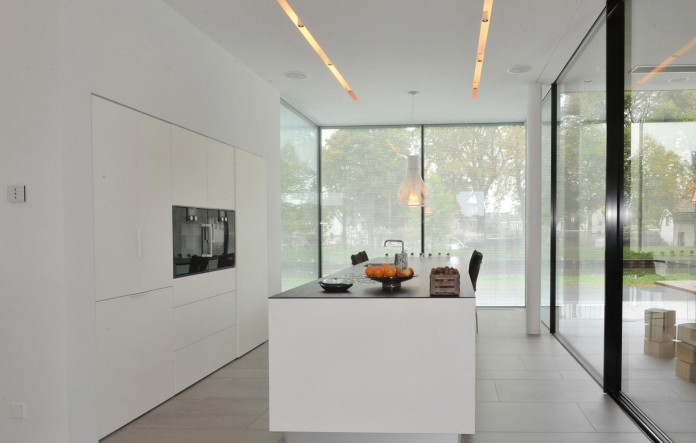 LIAG-architects-designed-M-House-in-The-Hague-08
