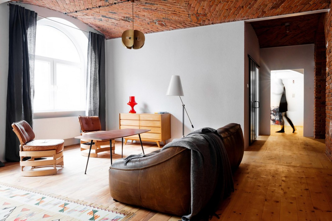 Loft in a marmalade factory by Loft Szczecin