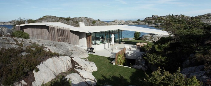 Lyngholmen-Residence-with-magnificent-ocean-views-by-Lund-Hagem-06