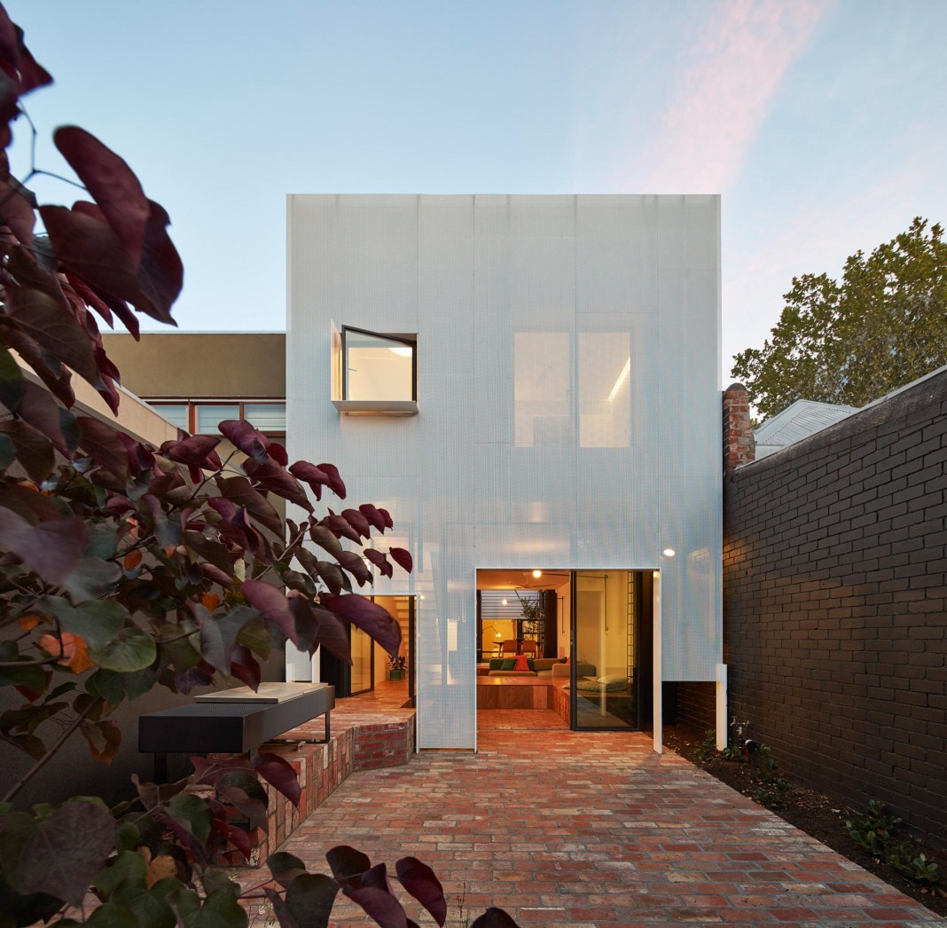 Mills House by Andrew Maynard Architects