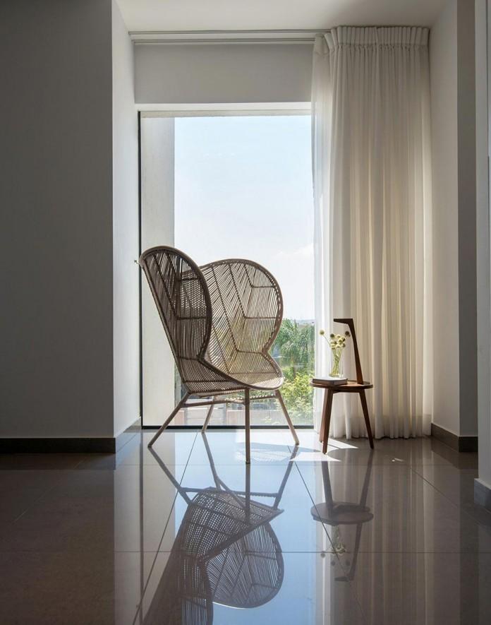 Minimalist-Home-in-Bat-Hadar-by-BLV-Design-Architecture-06