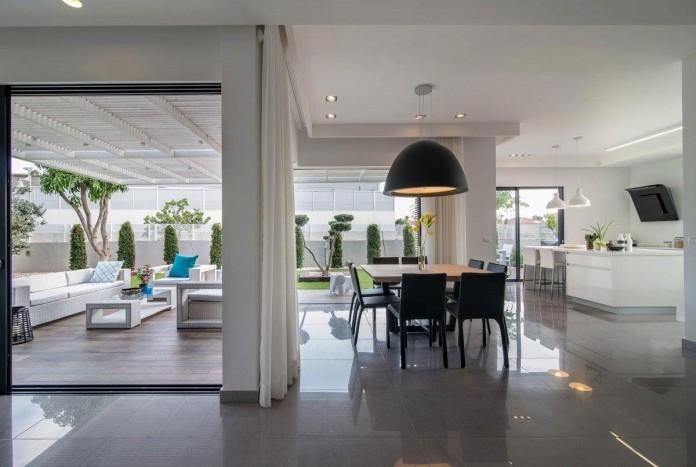 Minimalist-Home-in-Bat-Hadar-by-BLV-Design-Architecture-08