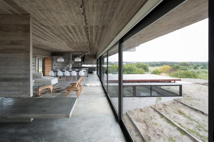 Modern-Concrete-Golf-House-by-Luciano-Kruk-Arquitectos-09
