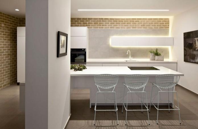 Modern-Garden-Apartment-in-Tel-Aviv-by-BLV-Design-Architecture-05