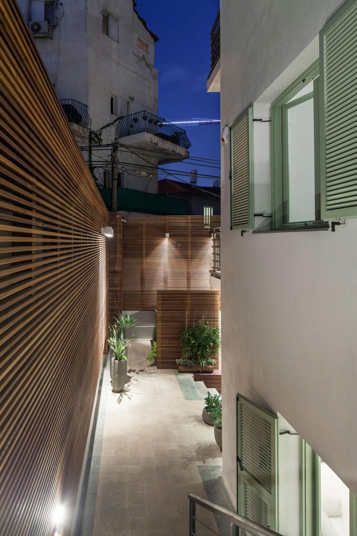 Modern-Garden-Apartment-in-Tel-Aviv-by-BLV-Design-Architecture-15