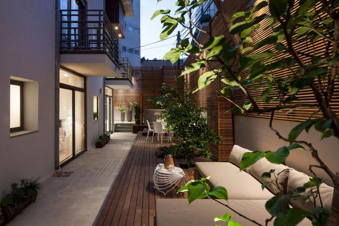 Modern-Garden-Apartment-in-Tel-Aviv-by-BLV-Design-Architecture-18