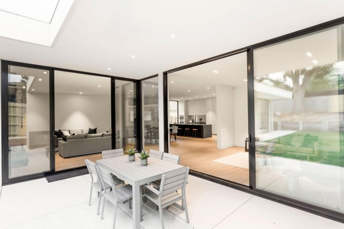 Modern-and-Elegant-Lubelso-Home-in-Camberwell-by-Canny-05