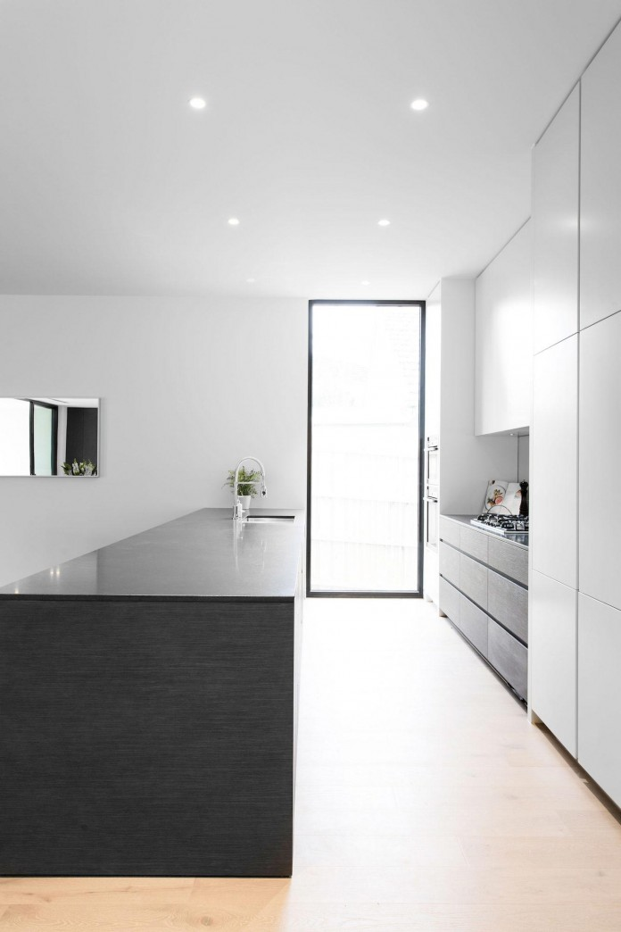 Modern-and-Elegant-Lubelso-Home-in-Camberwell-by-Canny-12
