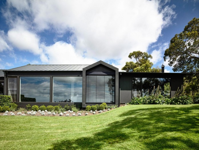 Musk-Creek-Flinders-Residence-by-Canny-Architecture-01