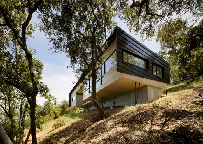 Overlook-One-story-Guest-House-by-Schwartz-and-Architecture-01