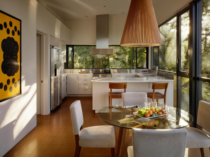 Overlook-One-story-Guest-House-by-Schwartz-and-Architecture-07