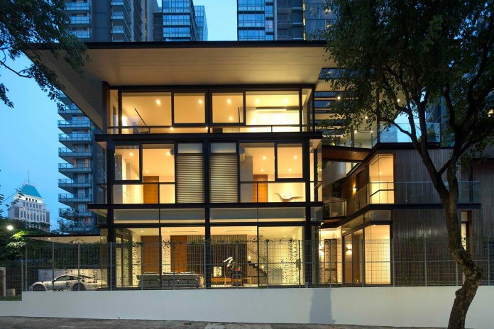 Paterson-3-Residence-comprises-2-corner-terrace-units-in-Singapore-by-AR43-Architects-09