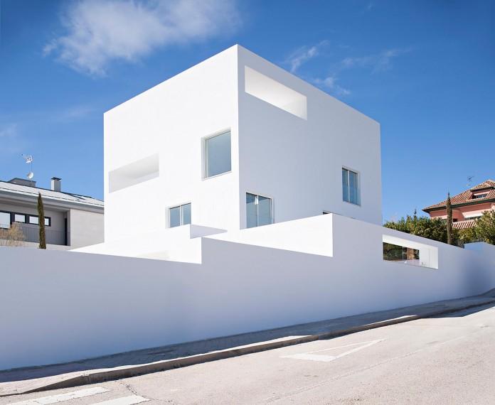 Raumplan-House-by-Alberto-Campo-Baeza-03