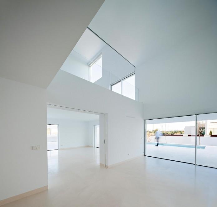 Raumplan-House-by-Alberto-Campo-Baeza-05