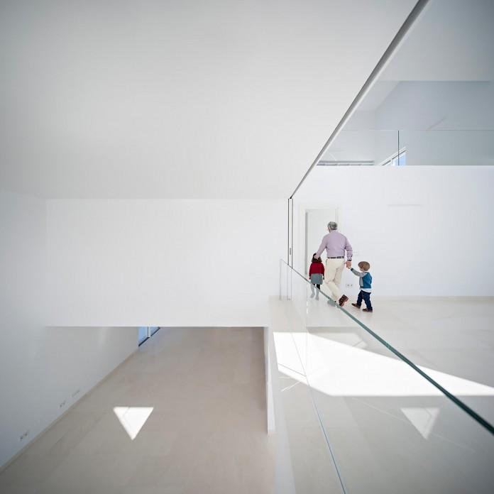 Raumplan-House-by-Alberto-Campo-Baeza-06