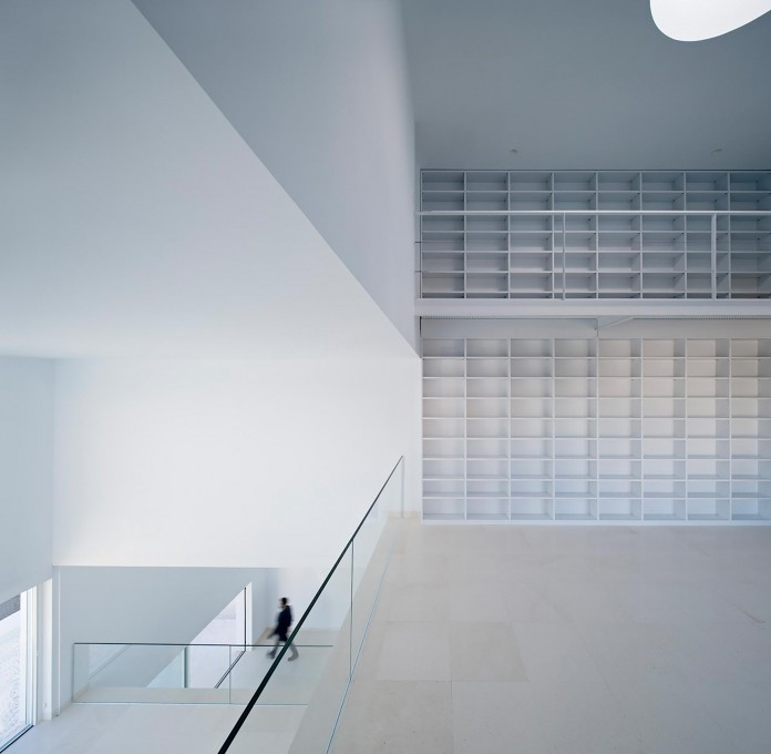 Raumplan-House-by-Alberto-Campo-Baeza-08