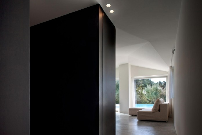 Renovation-of-a-19th-century-old-country-house-in-Lucca-by-MIDE-architetti-05