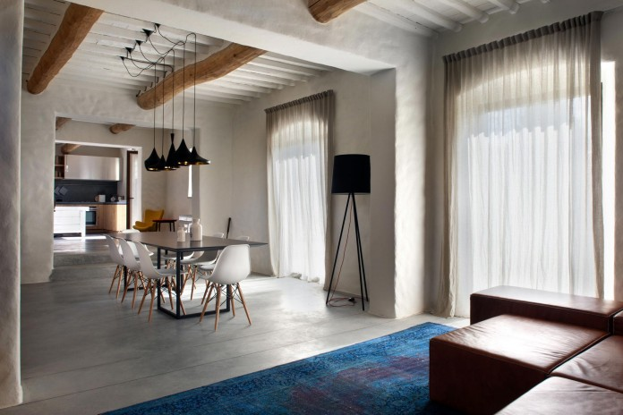 Renovation-of-a-19th-century-old-country-house-in-Lucca-by-MIDE-architetti-07