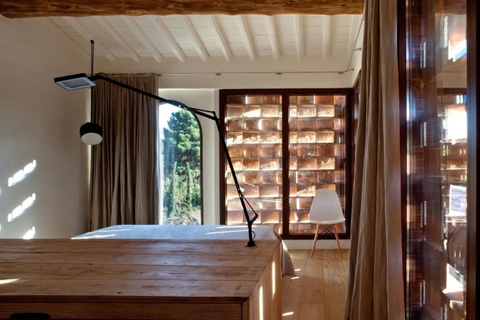 Renovation-of-a-19th-century-old-country-house-in-Lucca-by-MIDE-architetti-13
