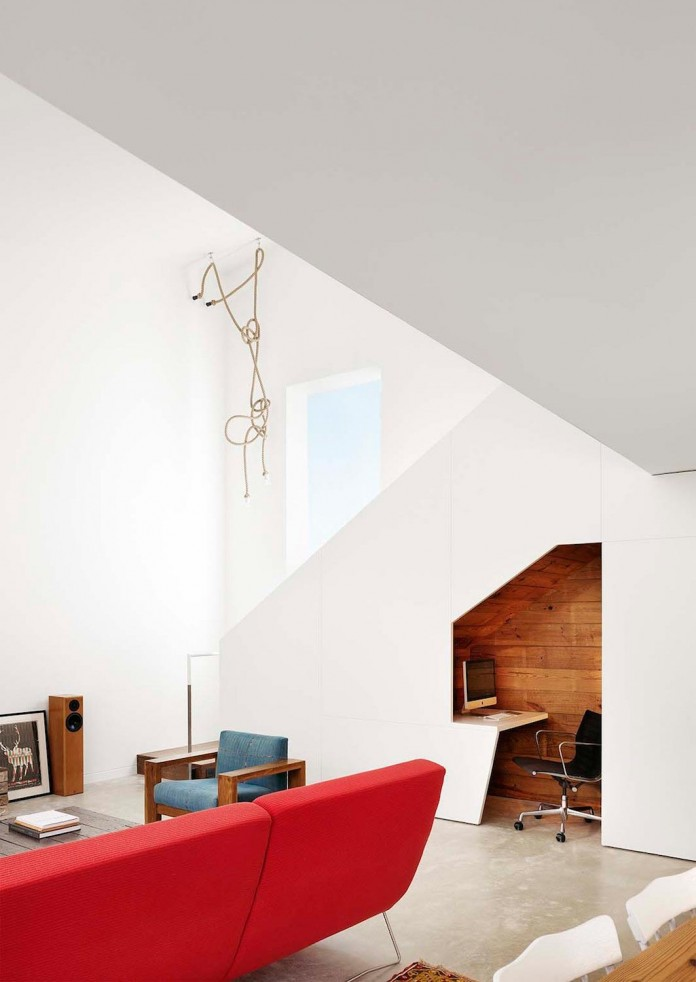 Renovation-of-an-old-bungalow-into-contemporary-Hillside-Residence-by-Alterstudio-Architecture-08