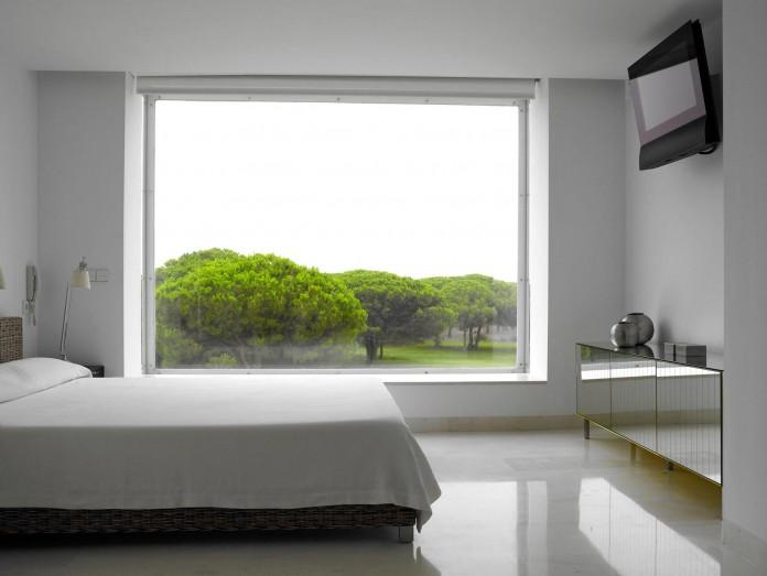 Sancti-Petri-Private-House-by-Teresa-Sapey-Estudio-11