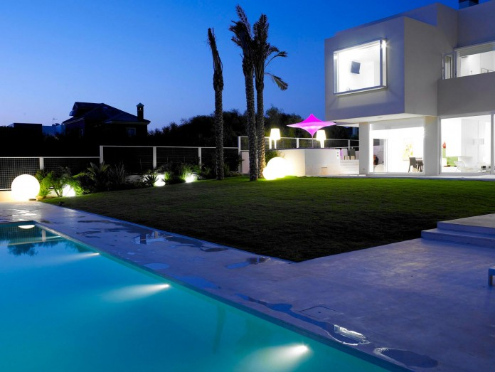 Sancti-Petri-Private-House-by-Teresa-Sapey-Estudio-18
