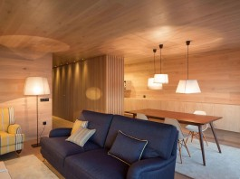 Seafront Oak Wood Themed Apartment by Pitagoras Group