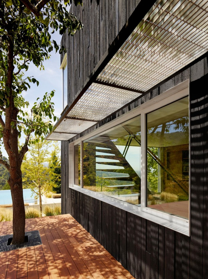 Show-Sugi-Ban-House-in-Los-Gatos-by-Schwartz-and-Architecture-04