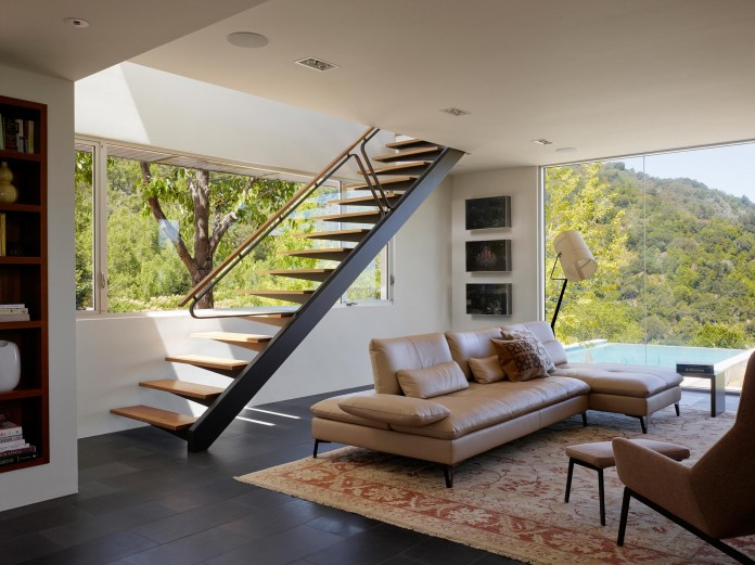 Show-Sugi-Ban-House-in-Los-Gatos-by-Schwartz-and-Architecture-08