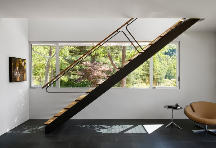 Show-Sugi-Ban-House-in-Los-Gatos-by-Schwartz-and-Architecture-10