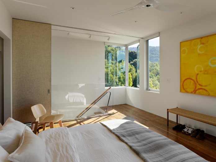 Show-Sugi-Ban-House-in-Los-Gatos-by-Schwartz-and-Architecture-16